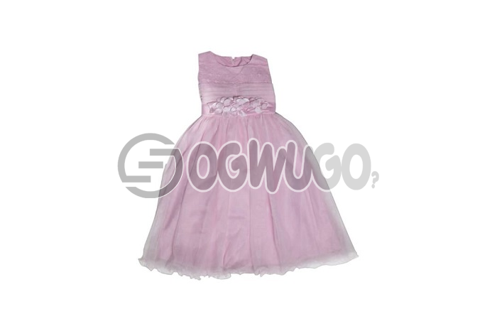 Pink gown very nice fashion sense worn by lovely baby girl between the ages of 5-7years