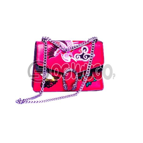 luxury fashion women chain hand bag smartly designed for events and occasions available in  different sizes and colours