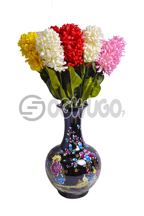 Black Flower vase gives you extraordinary decoration.The porcelain style is known for multiple color